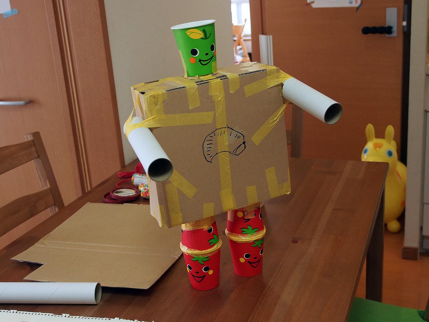 紙コップロボット