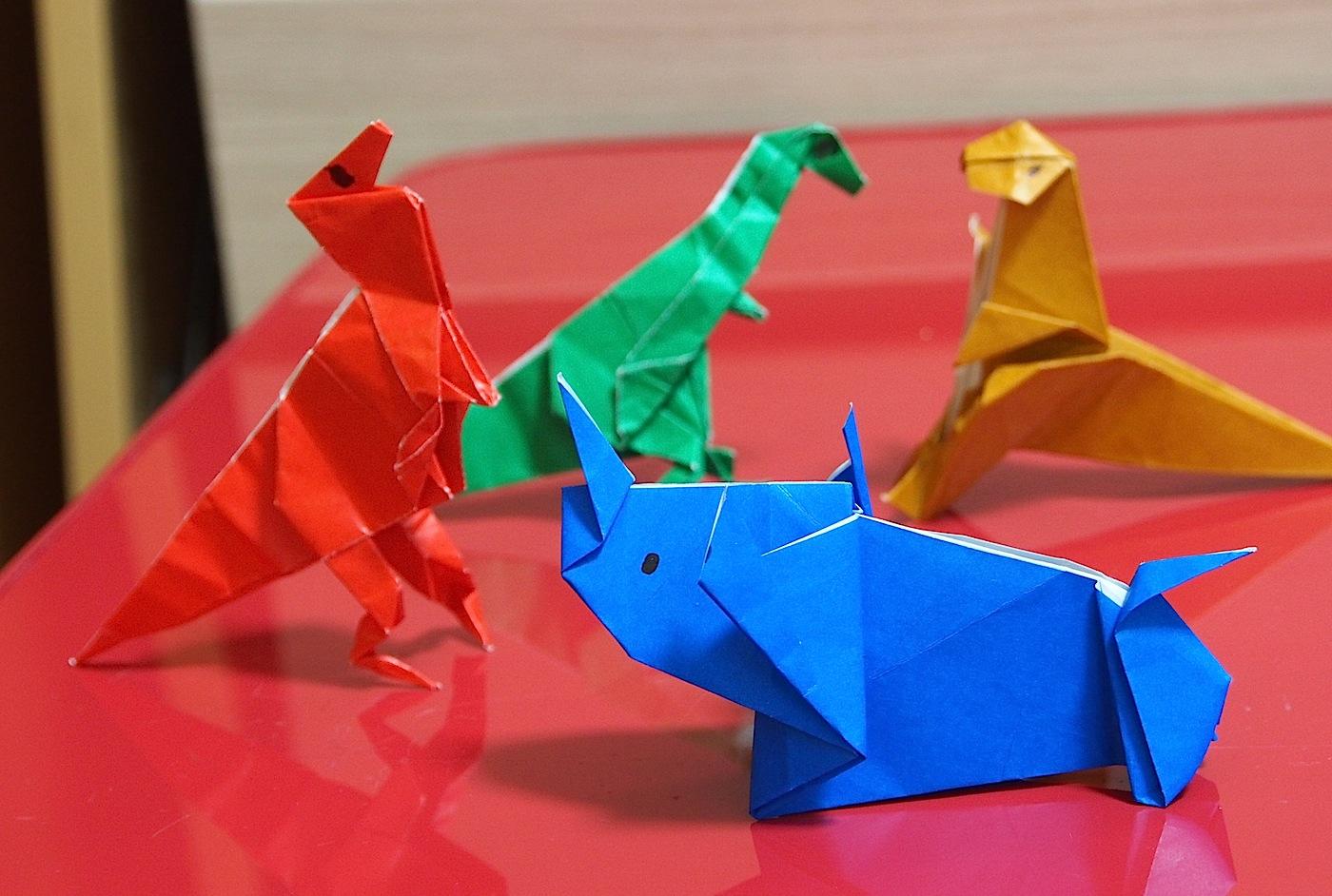 折り紙、恐竜