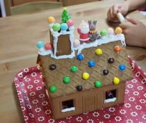 チョコペン使用前、お菓子の家