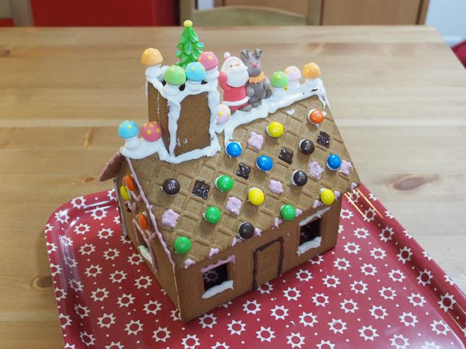お菓子の家4