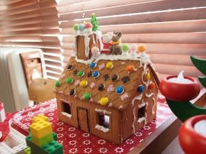 23日につくったお菓子の家