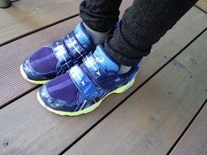 子供靴、アシックス2