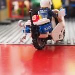 ポリスバイク、後ろから