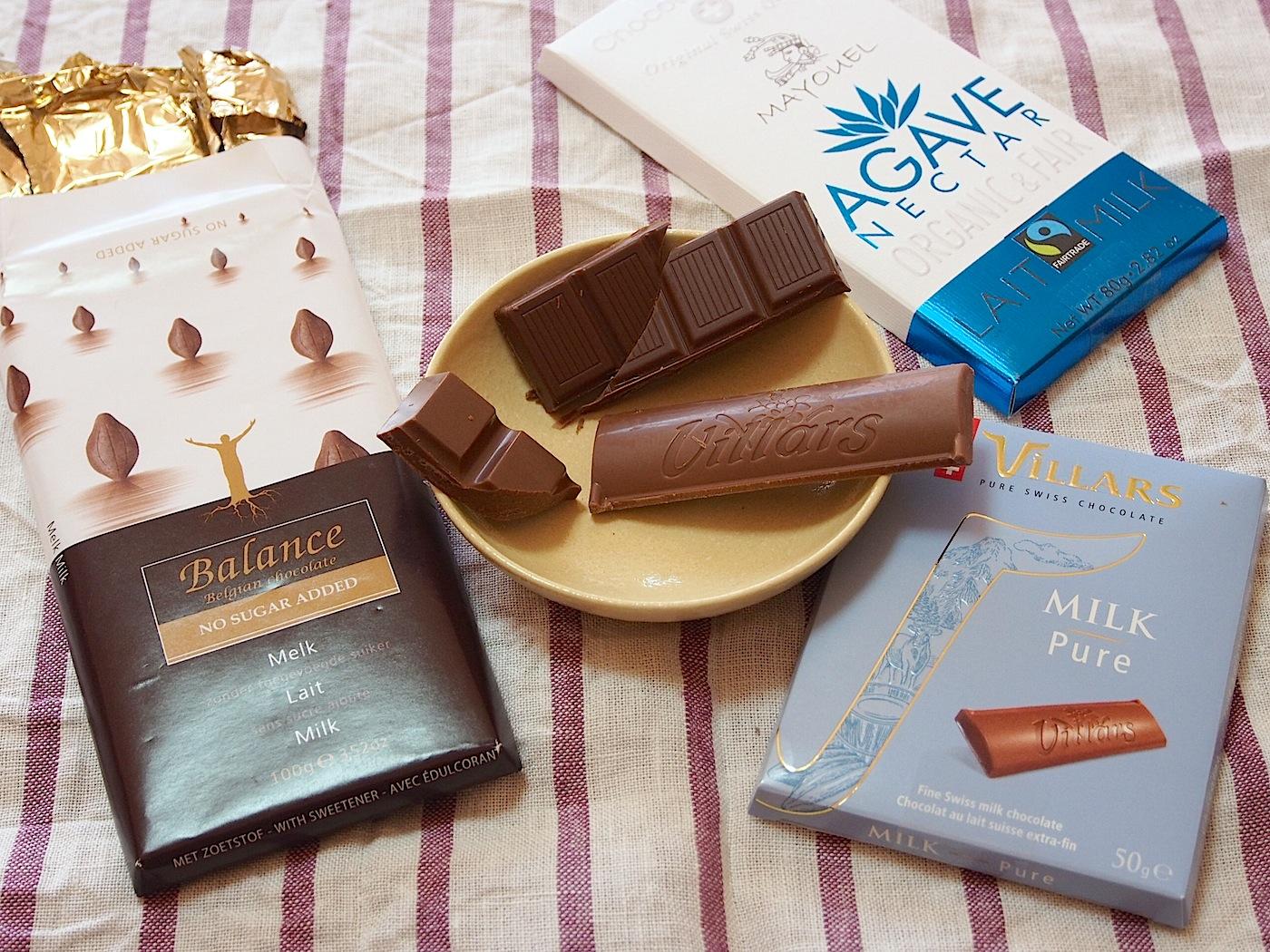 3種類のチョコを食べ比べる