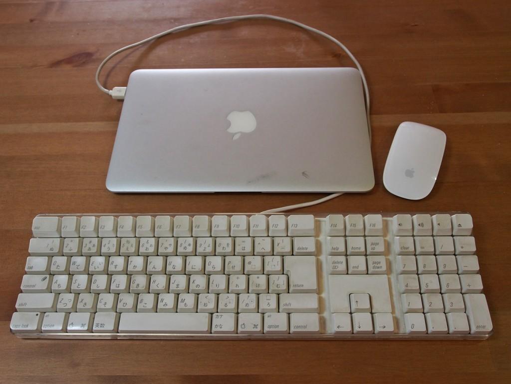 macbookairにキーボード2