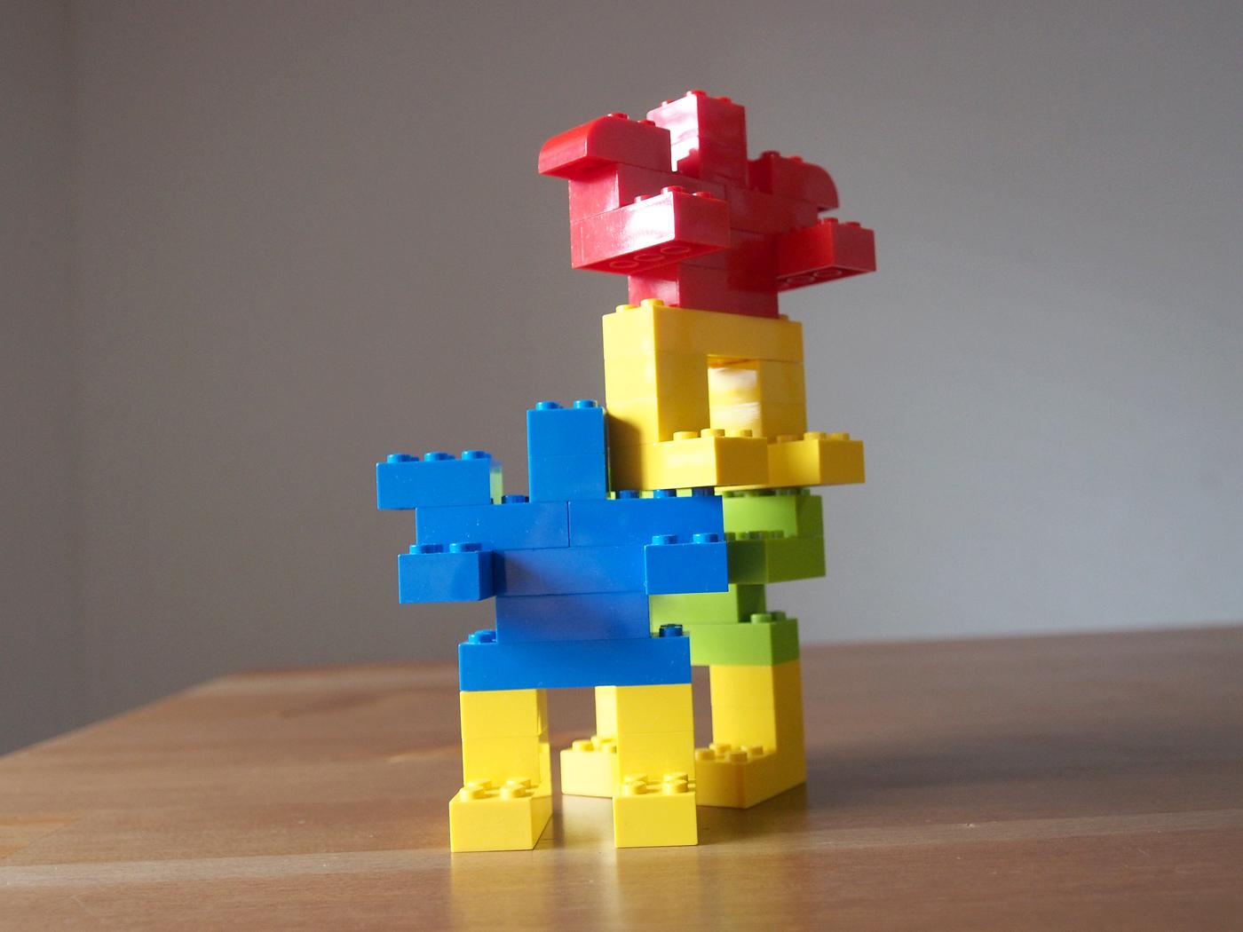 レゴで簡単なロボット