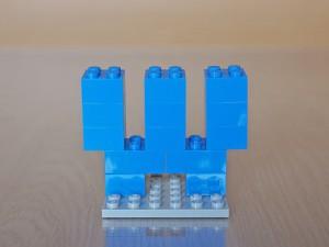 レゴでアルファベット、W