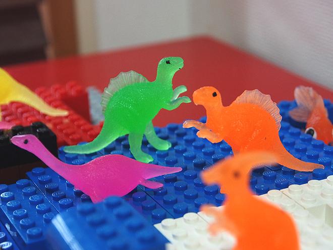 恐竜の楽園、池