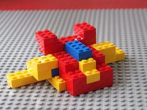 レゴの乗り物1