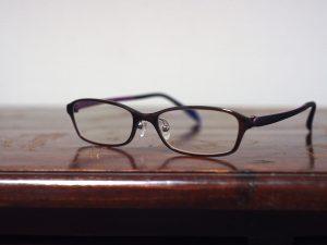 はじめての乱視遠視メガネ