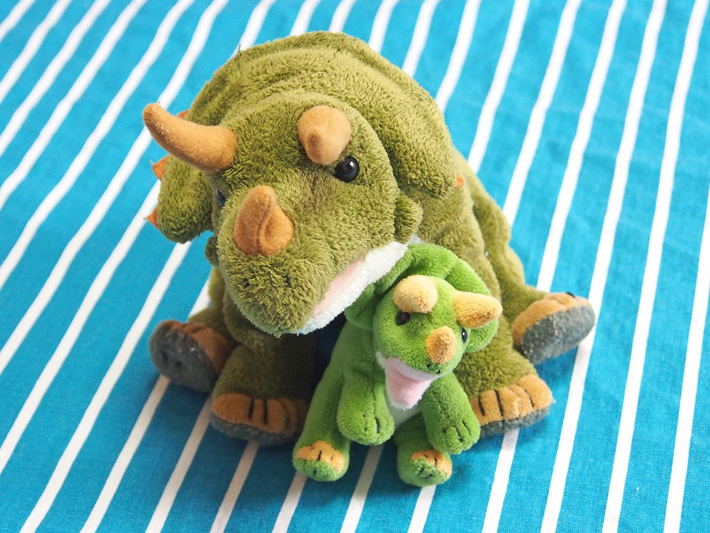 親子のトリケラトプス、ぬいぐるみ
