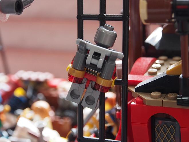 はしごを登るロボット