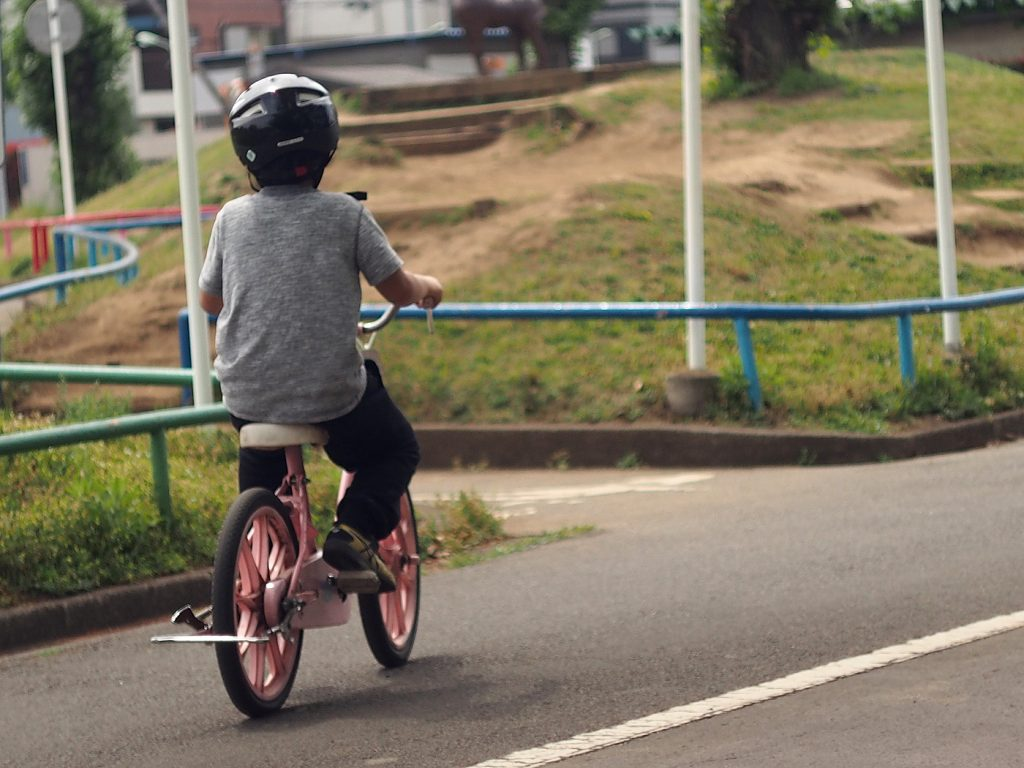 自転車の練習、交通公園