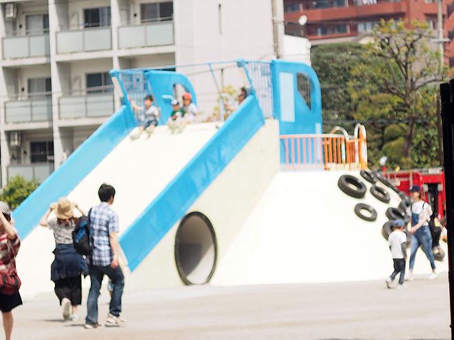萩中公園、すべり台、大