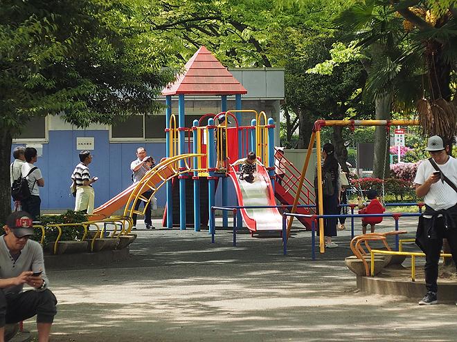 萩中公園、すべり台、小