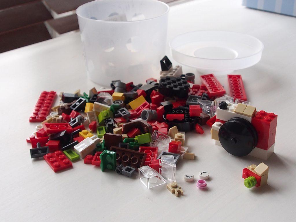 カップつめ放題レゴ