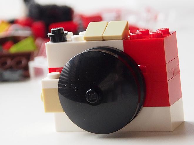 バラ売りのレゴ、カメラ2