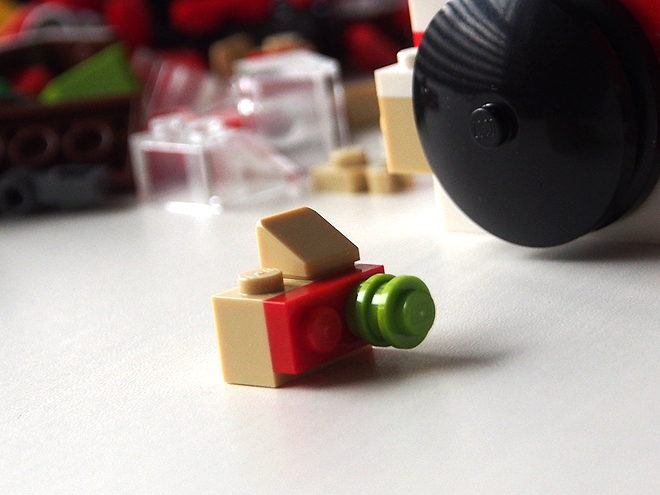 バラ売りのレゴ、カメラ(小)