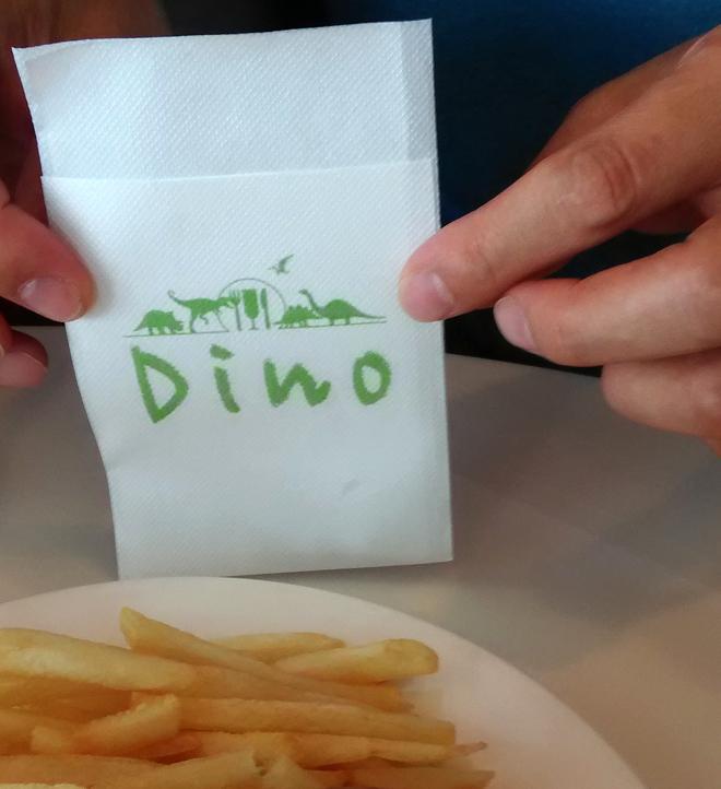 紙ナプキンにも恐竜