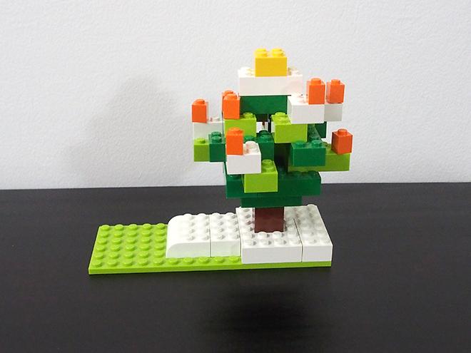 クリスマスツリー、レゴ、真横
