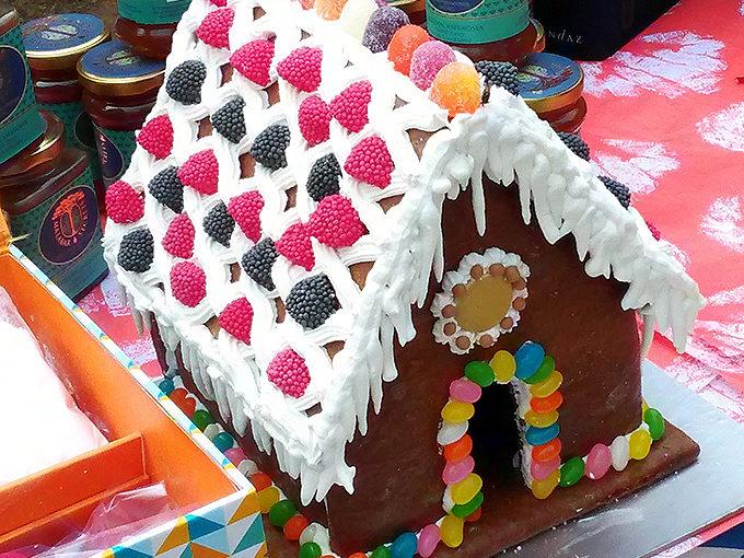 スイス=ジャーマンメラで飾られていたGingerbread house
