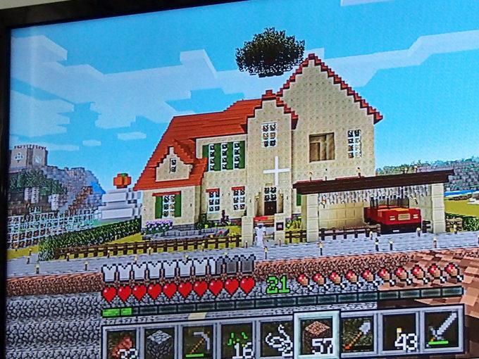マイクラで建築。リカちゃんハウス完成