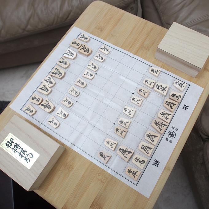 インドで将棋、紙の上で対戦